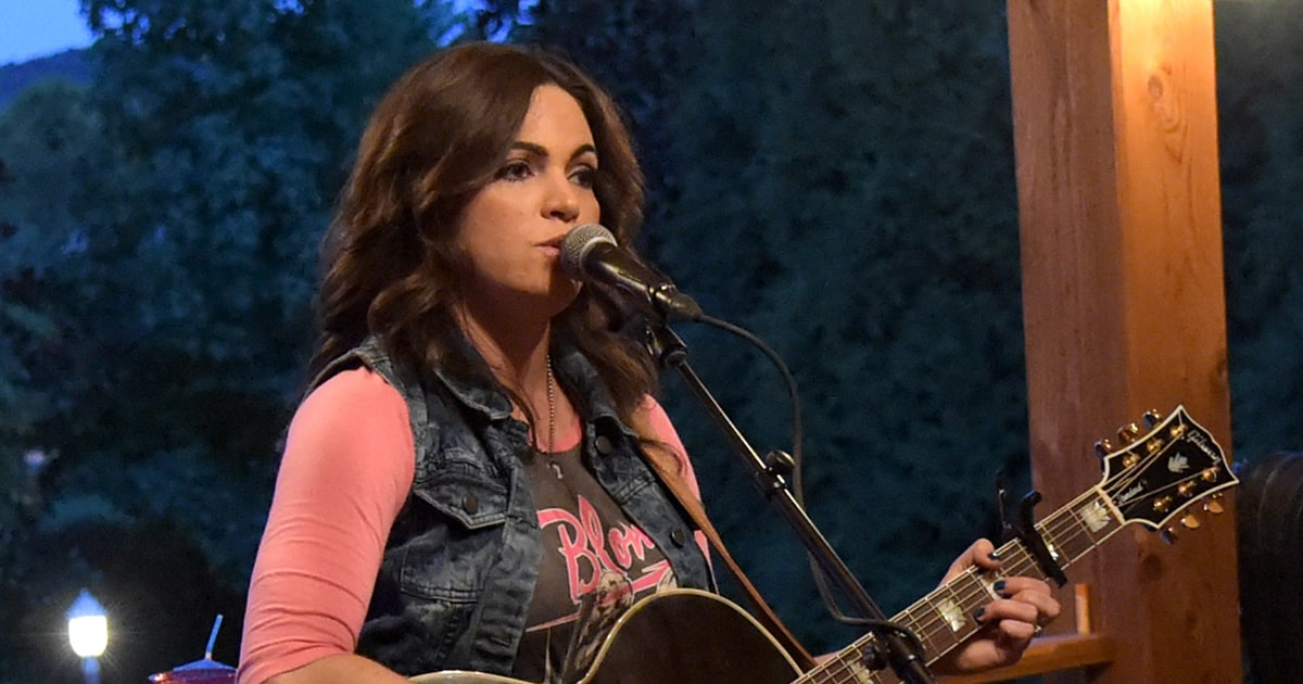 Angaleena Presley S American Middle Class Is True Story