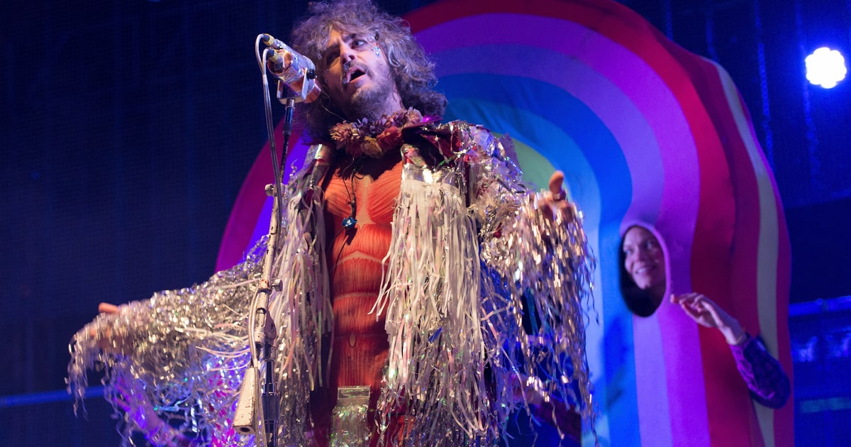 Flaming Lips Share Sgt Pepper S All Star Tribute