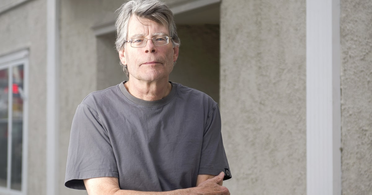 essays written by stephen king Stephen king essay stephen king essay find books from top authors at b&n shop the largest online bookstorewritten by stephen king, narrated by craig wasson.