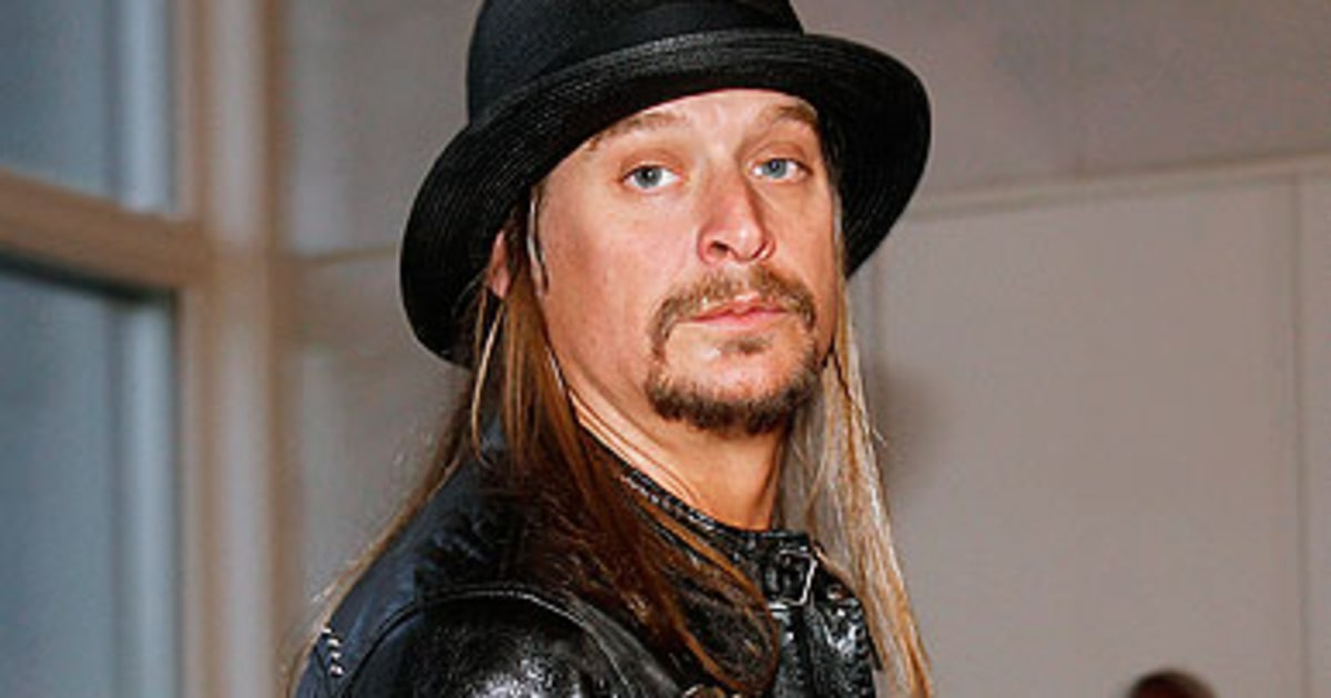 Kid rock accepts detroit naacp award rolling stone for Kid rock 3rd annual fish fry