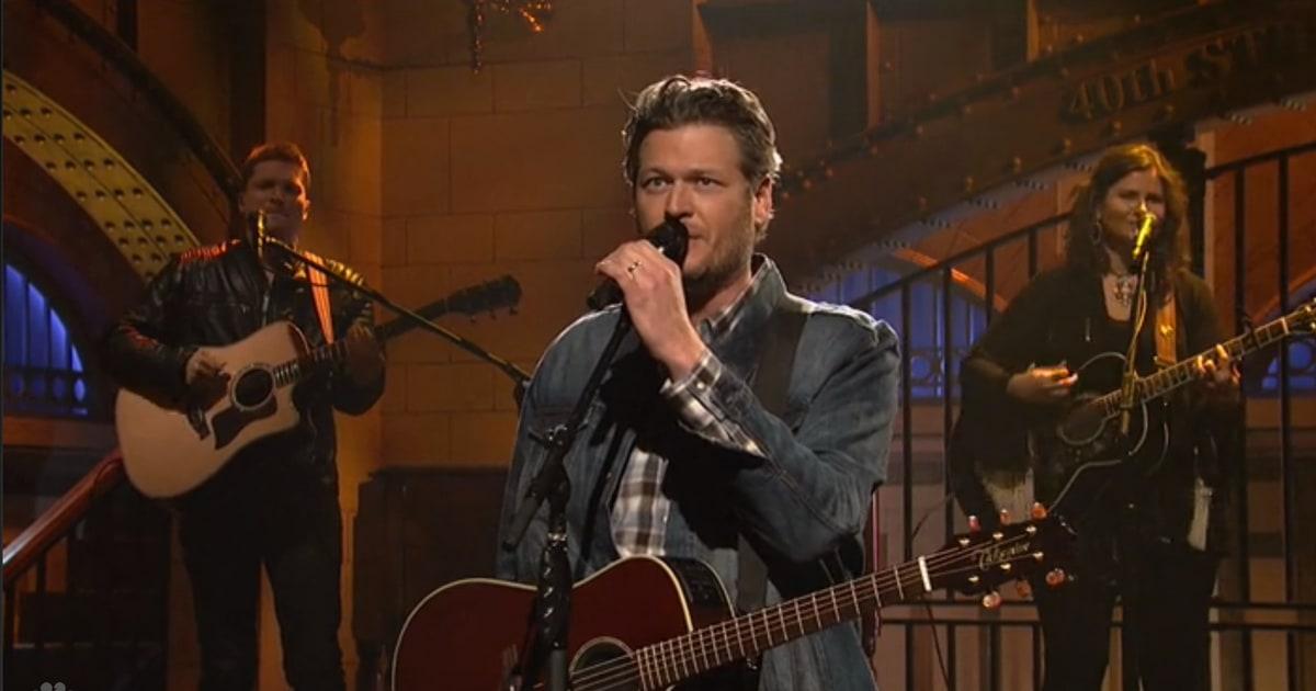 Watch Blake Shelton S Saturday Night Live Musical