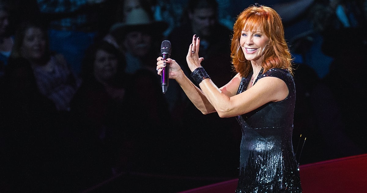 2015 San Antonio Rodeo Reba At 60 The Country Queen S