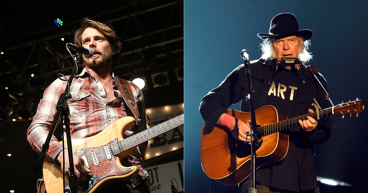 neil young readies new album tour with willie nelson 39 s sons rolling stone. Black Bedroom Furniture Sets. Home Design Ideas