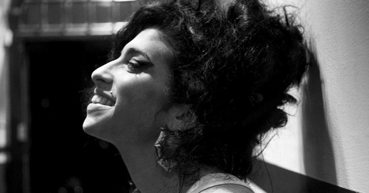 Amy Winehouse Signed Amy Winehouse Sex Pistols Debbie