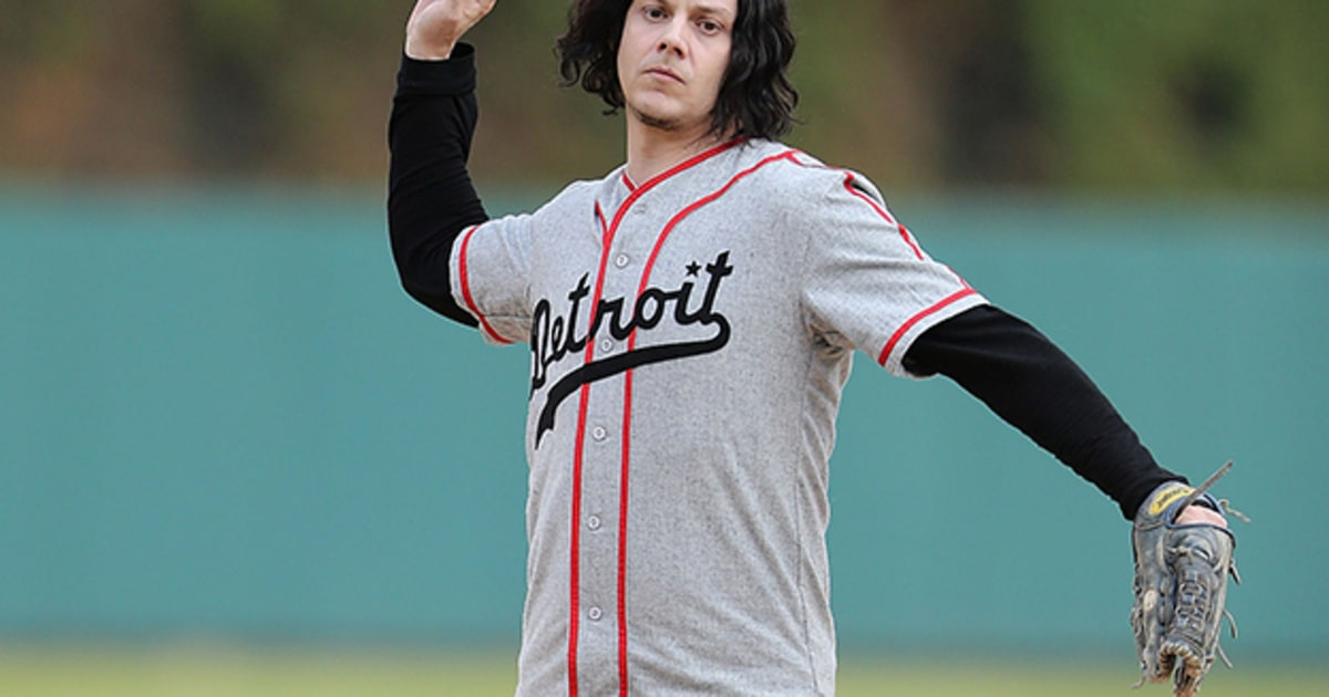 jack white throws out the first pitch at detroit tigers game