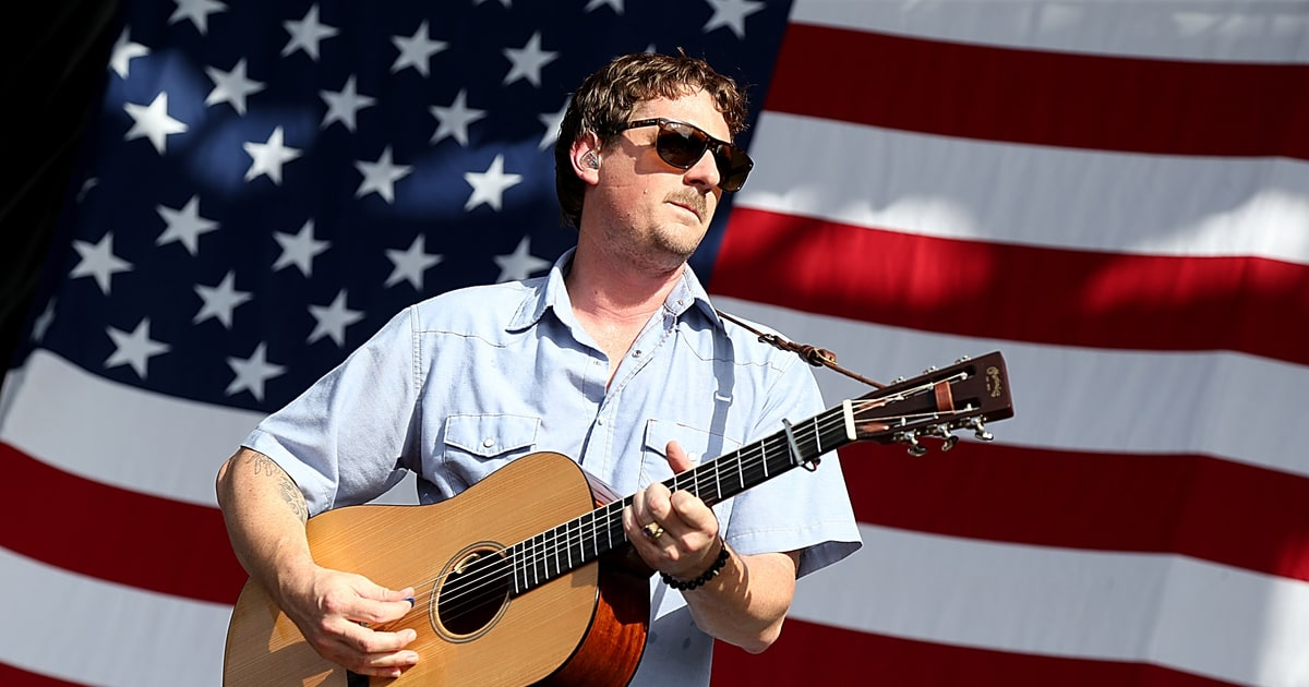 5 Things We Learned From Sturgill Simpson's Chris Shiflett