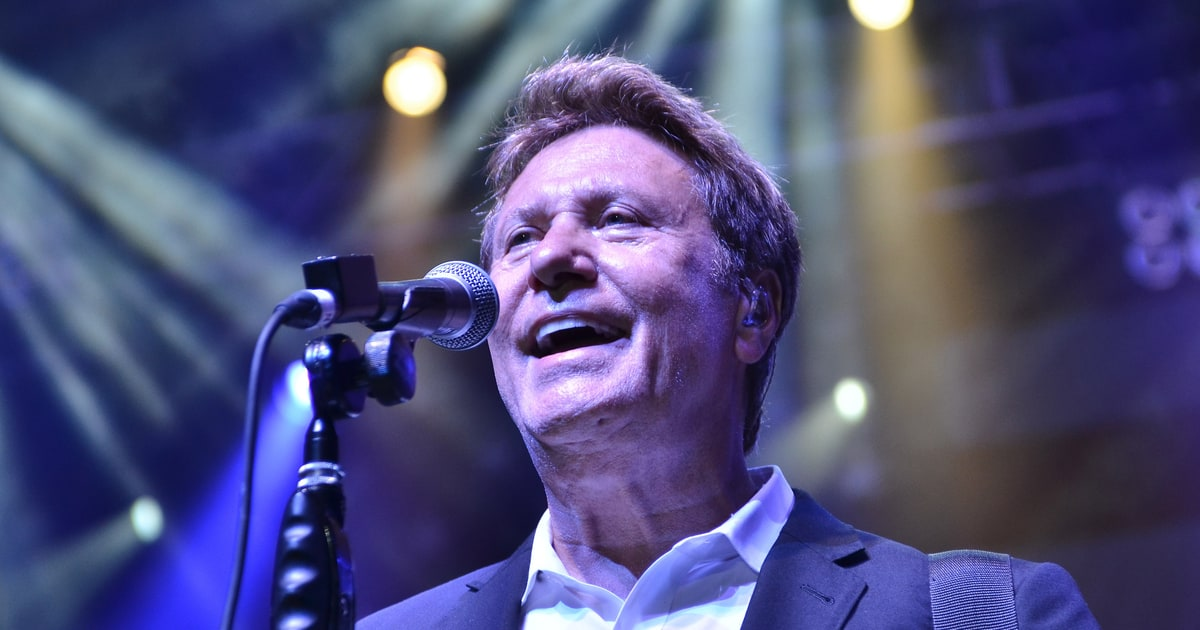Chicago on rock and roll hall of fame reuniting with peter cetera