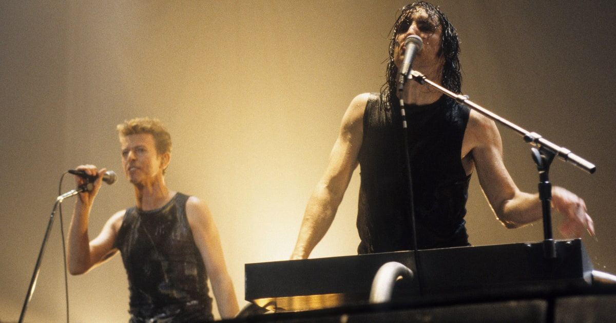 Trent Reznor Recalls How David Bowie Helped Him Get Sober - Rolling ...