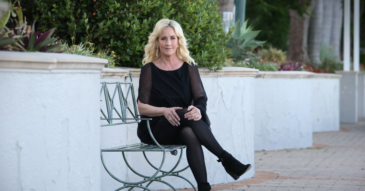 social issues in erin brockovich Ethics movie movie erin borckovich essays - ethical issues in film erin brockovich  corporate social responsibility, and satisfaction of stakeholders.