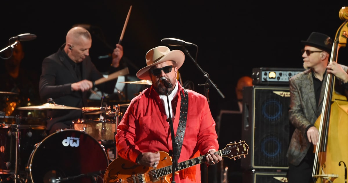 See The Mavericks Energize The Grammy Preshow With All