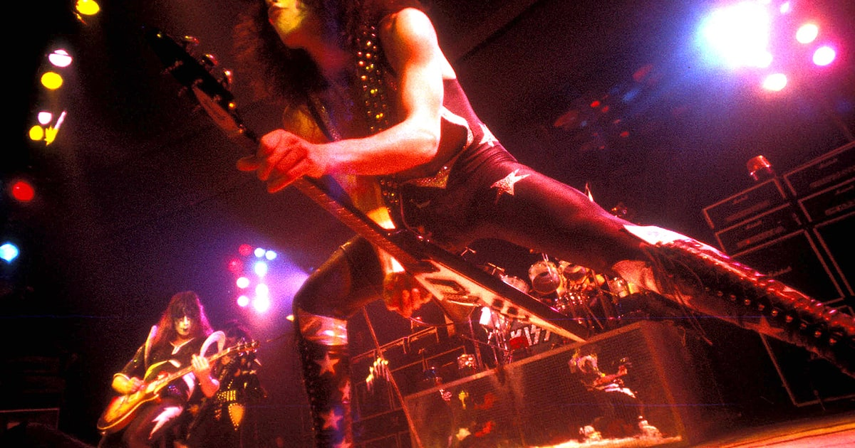 The Oral History Of Kiss Destroyer It S A Miracle We