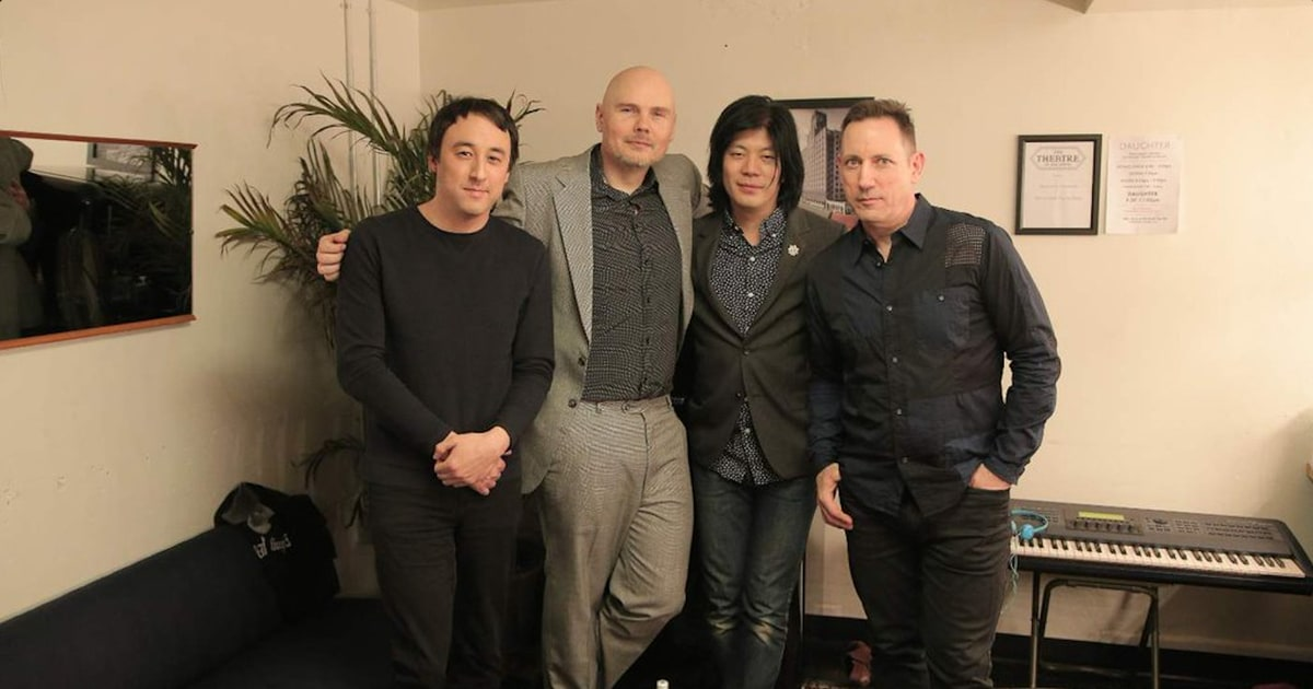 Watch Smashing Pumpkins Reunite With James Iha At Los