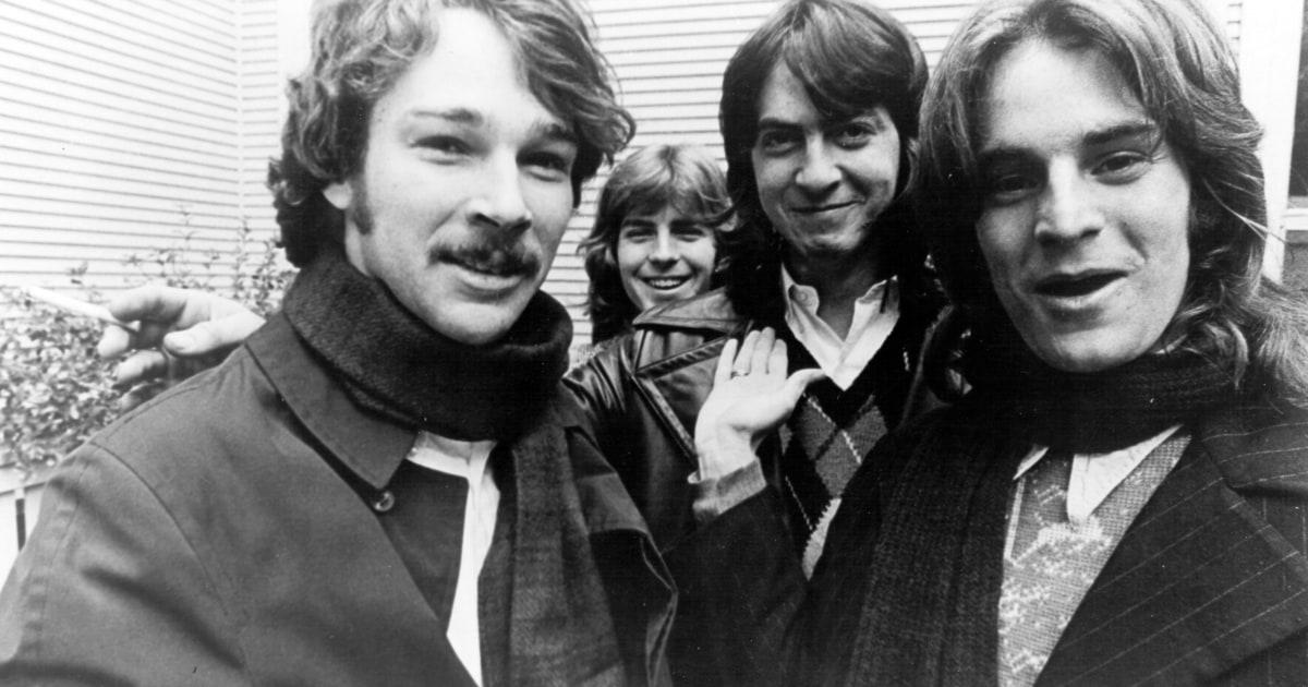 Wilco, R.E.M. Members Team for Big Star Tribute Concert news