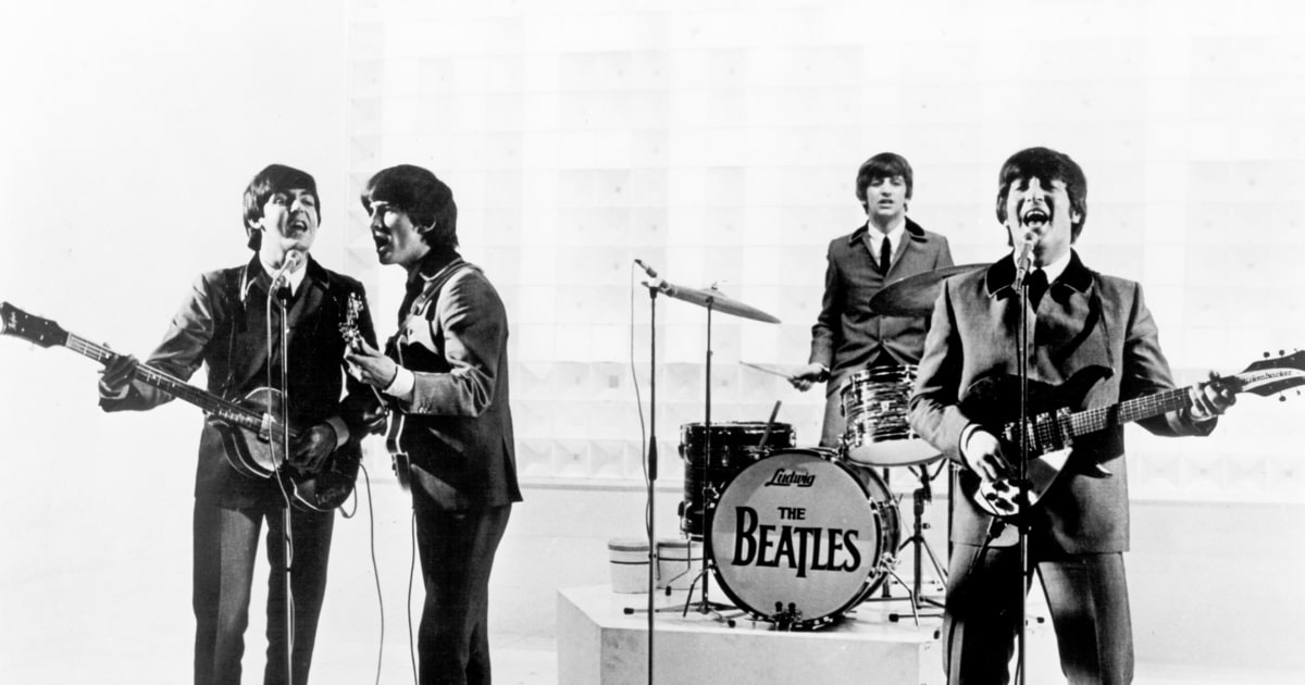 beatles 39 drum kit to be sold at auction rolling stone. Black Bedroom Furniture Sets. Home Design Ideas