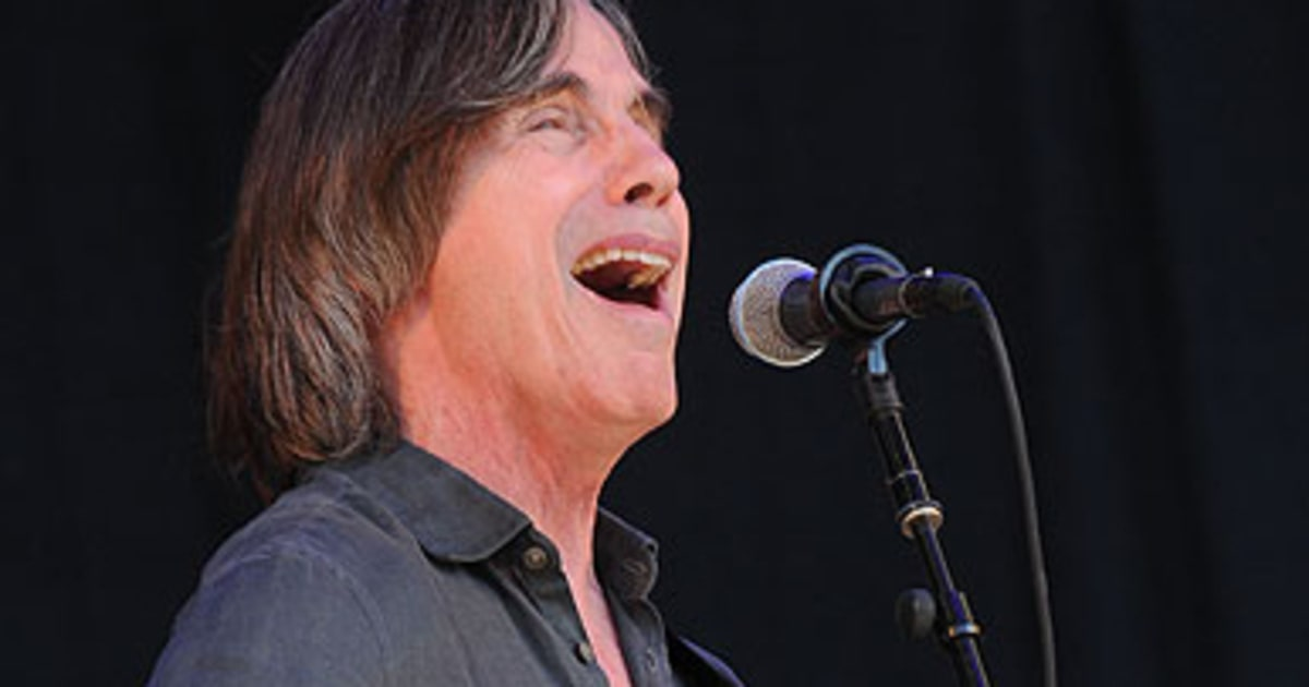 listen jackson browne creates epic love song from woody guthrie 39 s diary rolling stone. Black Bedroom Furniture Sets. Home Design Ideas