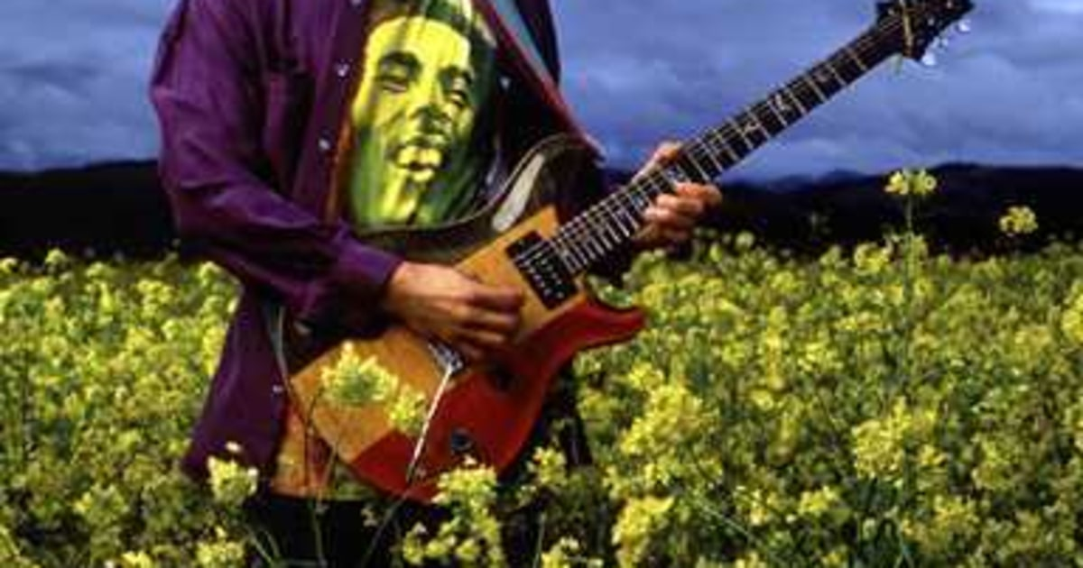 Quot A Spiritual Moment Quot Carlos Santana Photos Rolling Stone
