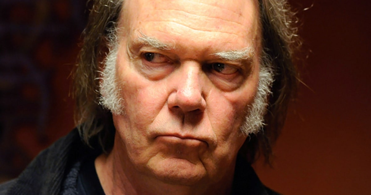 Neil Young Steve Jobs Would Ve Preserved Vinyl Rolling