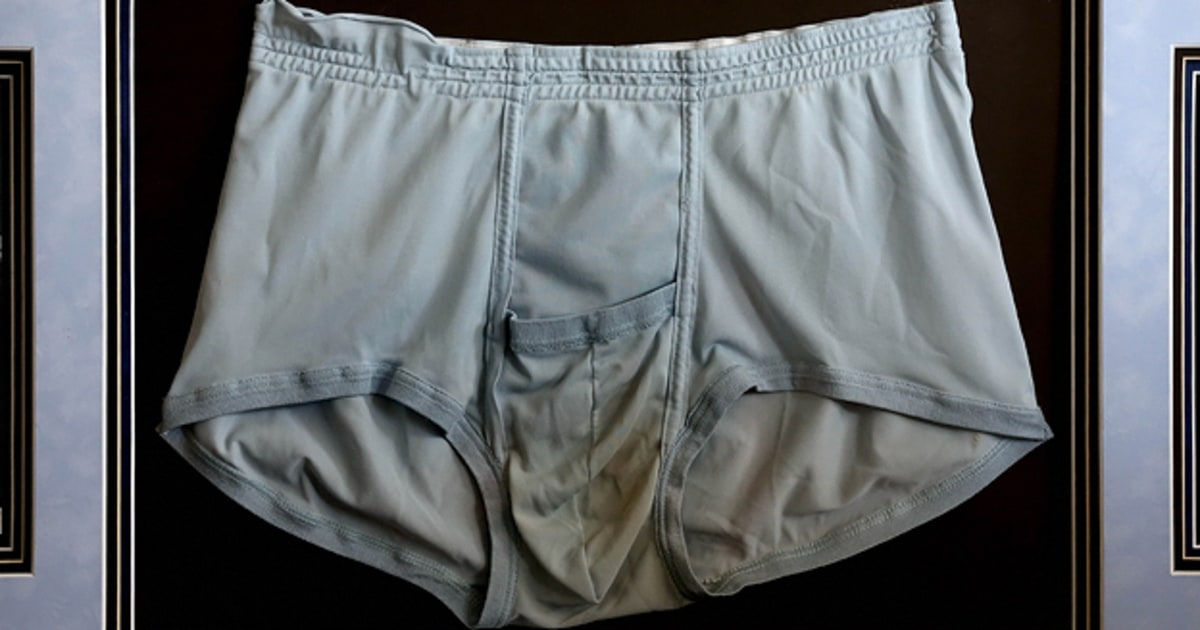 Elvis' Underwear Goes Up for Auction - Rolling Stone