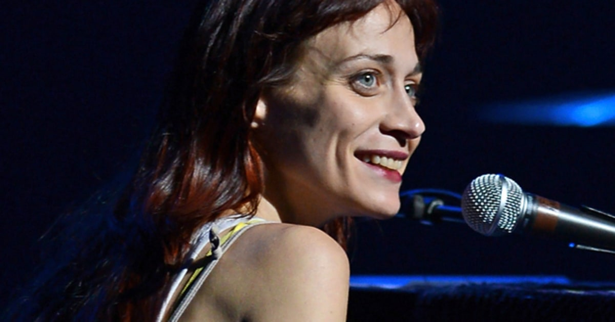 Fiona Apple Writing Song for Judd Apatow's 'This Is 40 ...