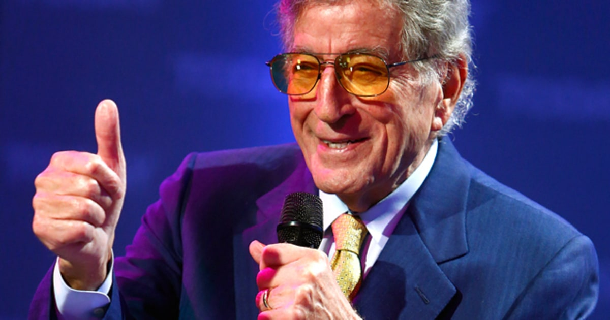 Tony Bennett Courts Latin Music Stars for 'Viva Duets ... Amy Winehouse Live