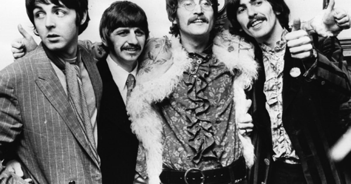 Beatles Sgt Pepper S Artwork Auctioned For 87 000