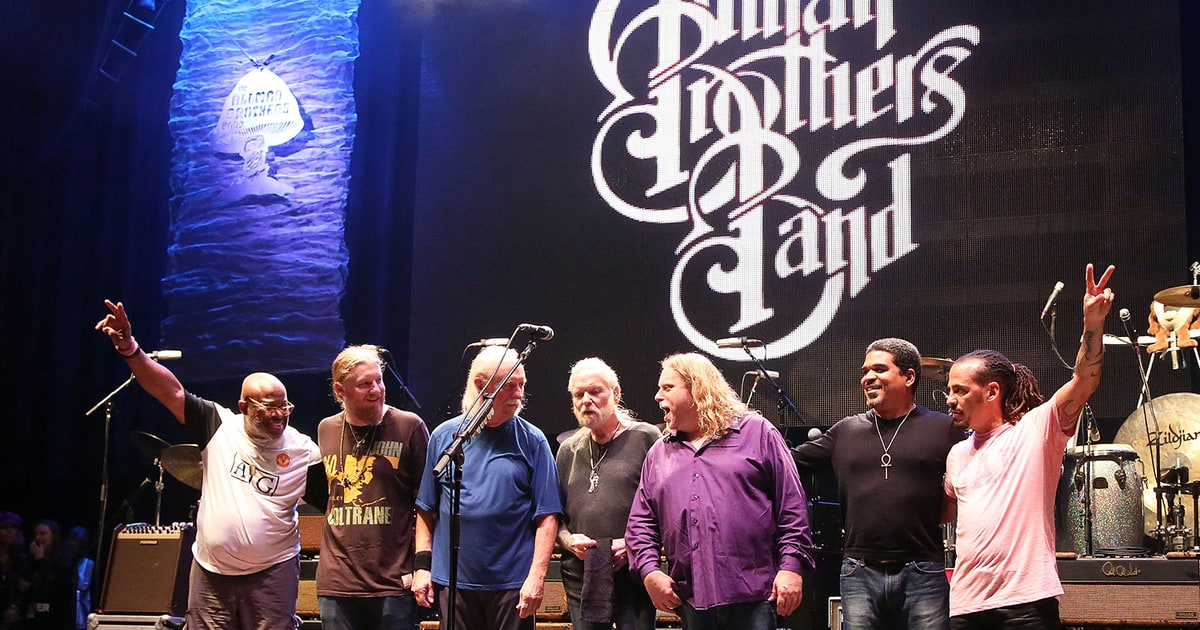 see allman brothers band last jam at 2014 farewell gig rolling stone. Black Bedroom Furniture Sets. Home Design Ideas