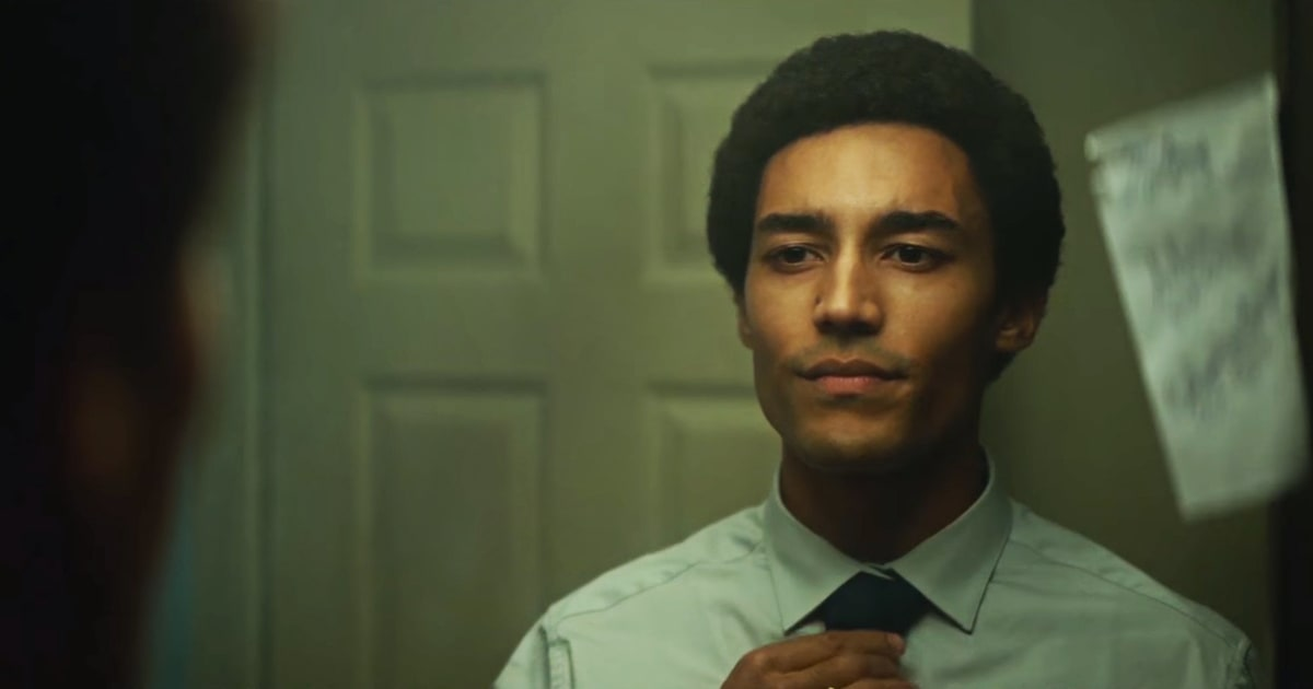 watch young president obama navigate college in new biopic