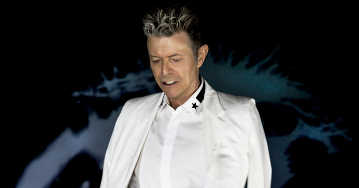 David Bowie's Collection of Basquiat and Damian Hirst Artwork Is Going Up for Auction news