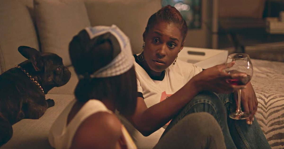 See Issa Rae Flub Life, Love in Endearing 'Insecure ...