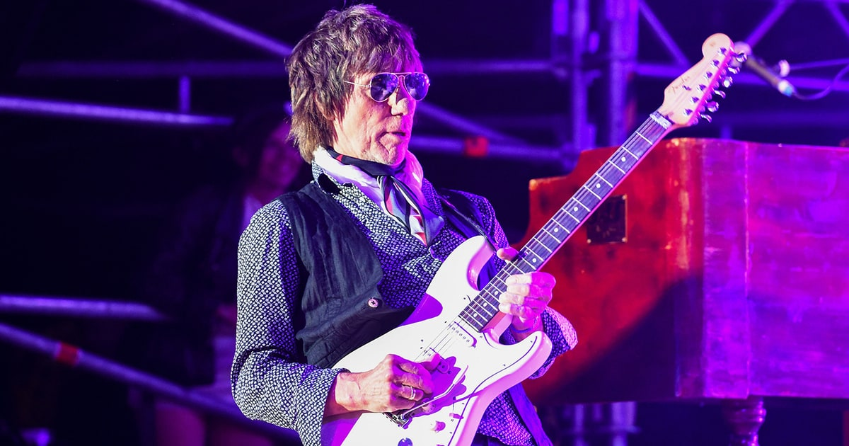 Hear Jeff Beck's Hendrix Inspired New Ballad 'Scared for the Children' news