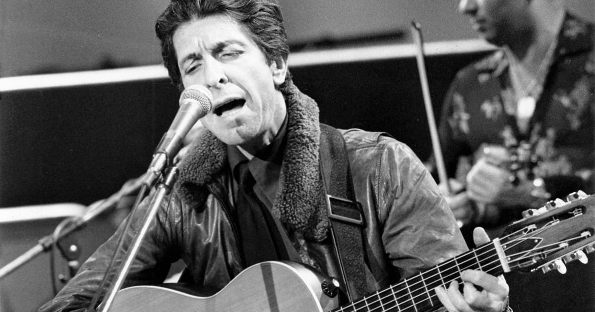 Flashback Leonard Cohen Performs So Long Marianne In