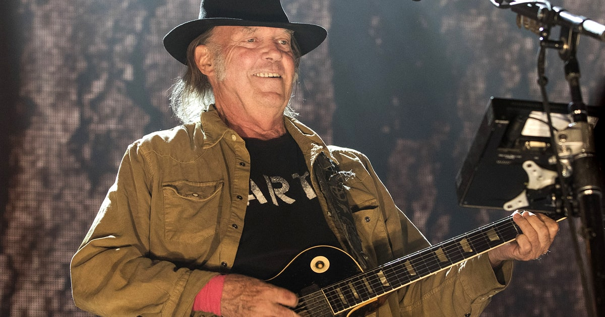 neil young details lost acoustic album hitchhiker