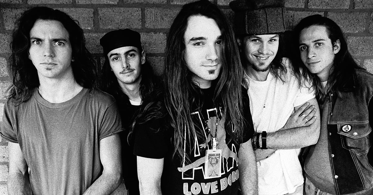 Watch Pearl Jam Perform 'Angel' for First Time Since 1994 news