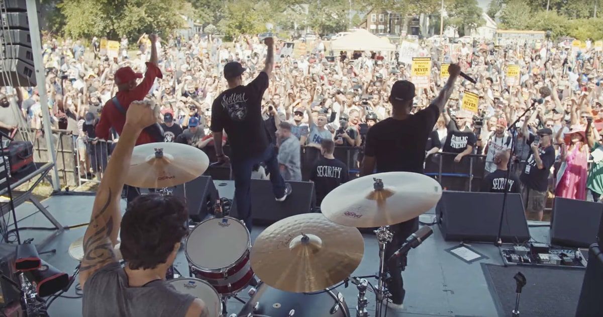 Prophets of Rage Play Surprise Set Outside California Prison news