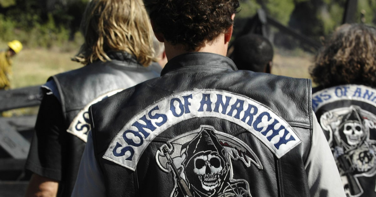 fx orders 39 sons of anarchy 39 spin off pilot 39 mayans mc. Black Bedroom Furniture Sets. Home Design Ideas