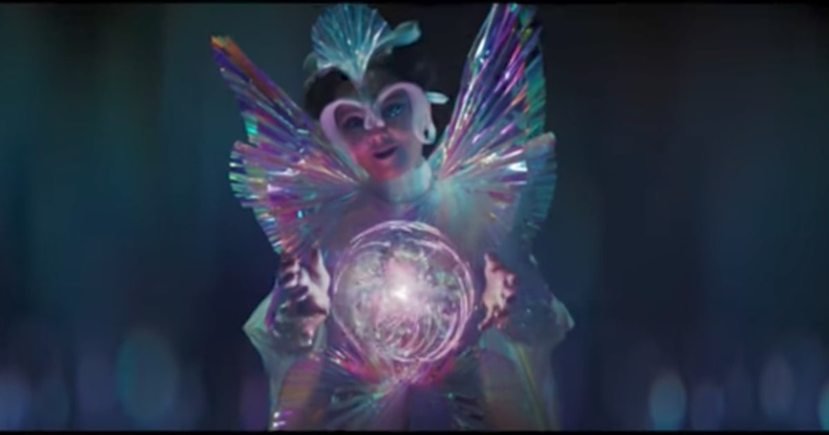 watch bjork explore trippy dreamscape in the gate video indiebrew net. Black Bedroom Furniture Sets. Home Design Ideas