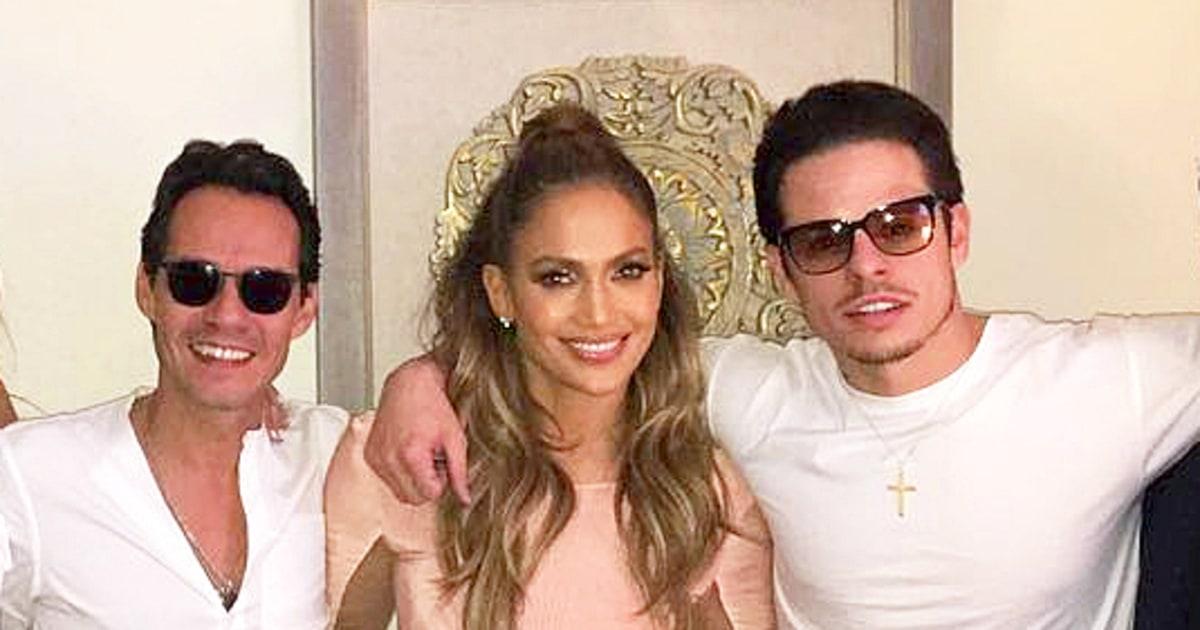 Jennifer Lopez Poses With Marc Anthony, Casper Smart After ...