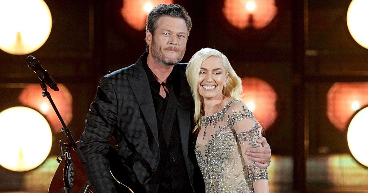 Hear Gwen Stefani, Blake Shelton Duet on New Christmas Song ...