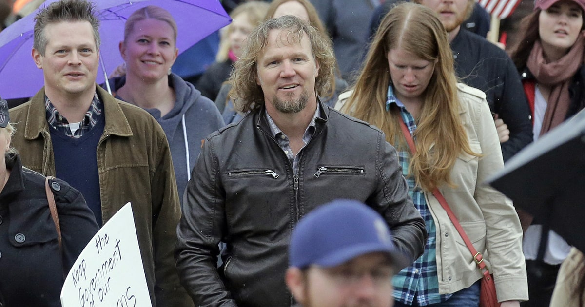 'Sister Wives' Stars Join Protest Against Bigamy Law in Utah