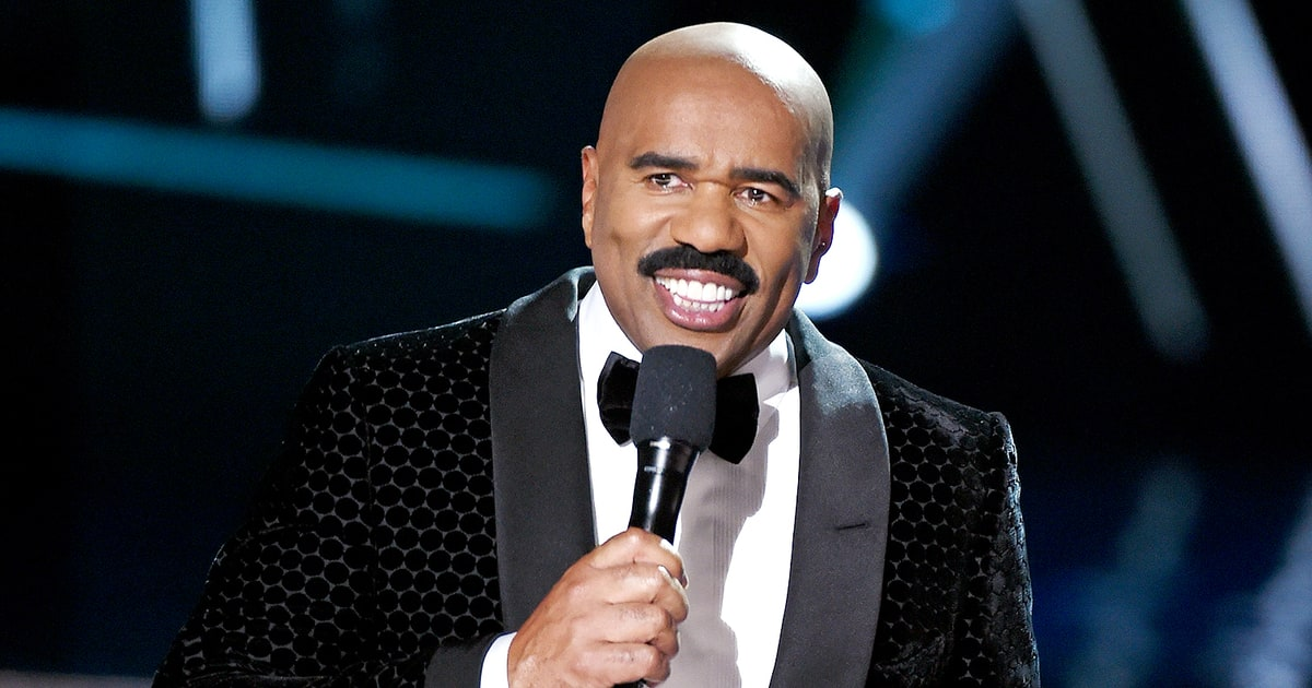 Steve Harvey Is Hosting Miss Universe 2016 After Past Flub - Us Weekly