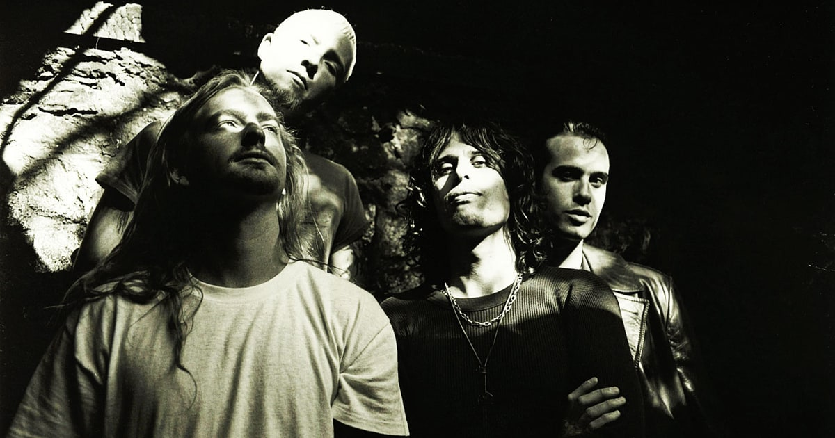 Hear Stone Temple Pilots Previously Unreleased Only