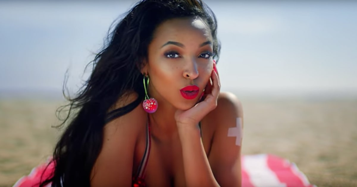 "Tinashe Dips Into '80s Inspired Pop on Her New Song ""Superlove"" news"