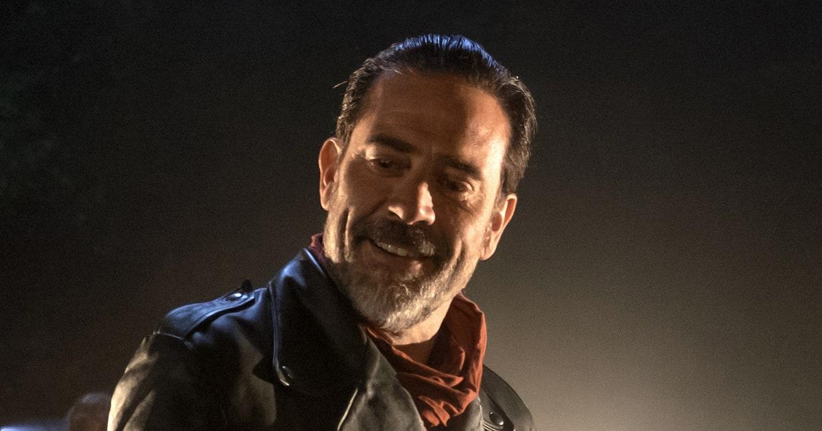 The Walking Dead Recap Who Died In The Season 7 Premiere