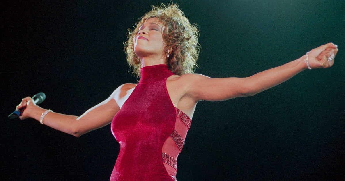 'Whitney: Can I Be Me' Director Speaks Out on Legendary Singer: '