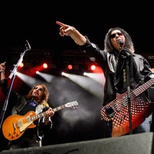 See Gene Simmons, Ace Frehley Play Together for First Time in 16 Years