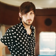 How Charlie Worsham Made the Most Vulnerable Country Album of 2017