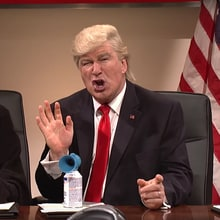 See 'SNL' Tease Donald Trump Over Twitter Habit in 'Totally Biased' Sketch