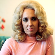 Flashback: Watch Tammy Wynette Spell Out 'D-I-V-O-R-C-E'