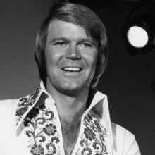 Blake Shelton, Keith Urban to Honor Glen Campbell at ACM Honors