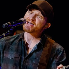 Eric Paslay, Tracy Lawrence Help CMA Songwriters Series Branch Out